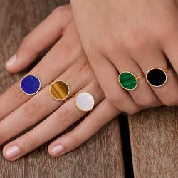 Lepage Colette Lune Perlée ring yellow gold and lapis lazuli